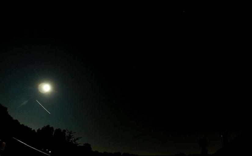 Video: Moon & Planes
